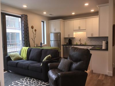 Brand New Contemporary Condo in Downtown Traverse City- Close to Everything!