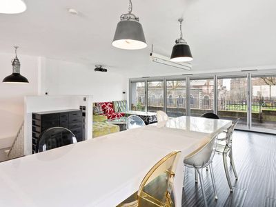 Photo for Vibrant 2-Bed Apt w/ Large Balcony in Shoreditch