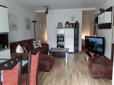 Photo for Newly renovated and modern furnished 2 room apartment free wifi & bed linen