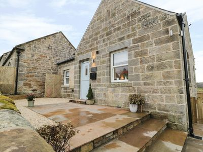 Photo for SHEPHERDS COTTAGE, pet friendly in Rothbury, Ref 976138