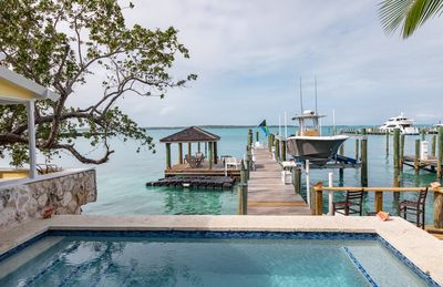 A Boaters Paradise!  Private Dock with pilings for up to 80ft Vessel!