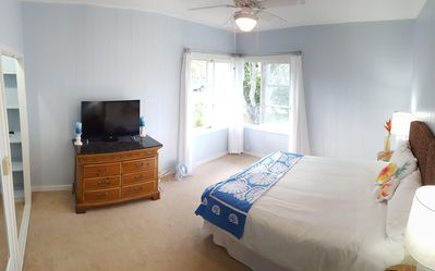 Photo for Great Family House, Sleeps 6.  Comes w/ Beach Bikes, boogie boards, & much more