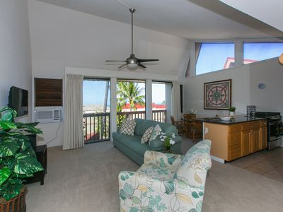 Photo for Beautiful Hawaiian Getaway Condo in Makaha - A/C, WIFI, Parking, Sleeps 6