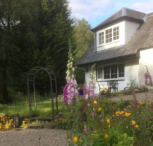Photo for Woodland cottage in The Trossachs close to cycling routes, lochs & hill walks
