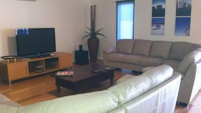 Photo for Free WIFI **200m to beach** R/C Air in all rooms
