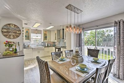 'Easy Breezy' is an unbeatable getaway minutes away from Anna Maria beaches.