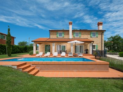 Photo for 5* villa for 10 persons with private swimming pool surrounded by nature