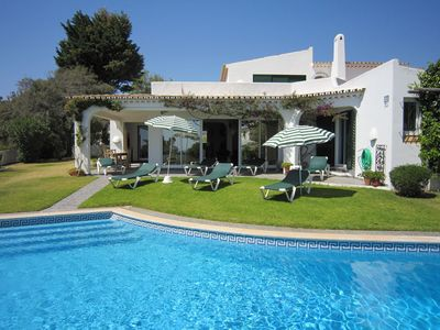 Photo for Detached 4 bedroom Villa with private pool located in Sesmarias - Albufeira
