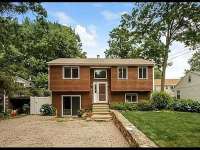 Photo for Cozy and comfortable 3 Bedroom house in Narragansett. 3.5 mile ride to the beach