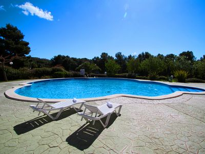 Photo for COSTA MAR Apartment with community pool. Beach at 200m