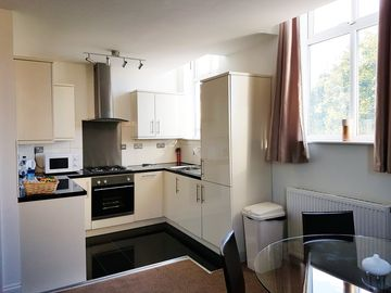 2 bed Apartment - Olympic park - Stratford  - London