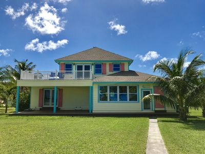 Seas the Day Beach House 3 bed 3 bath with great rain water showers