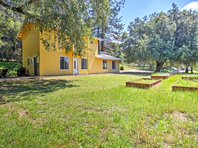 Photo for Traditional Oakhurst House w/ Large Patio & Views!