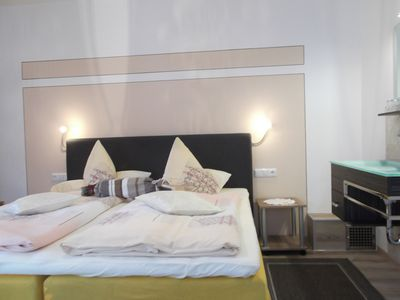 Photo for Double room with breakfast + KönigsCard incl. Mountain railways, skiing, sauna, free time