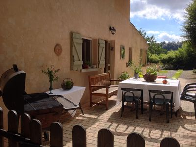 Photo for Villa in the heart of a boisé.Tout environmental comfort, quiet, 5 minutes to amenities