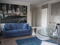 Wonderful apartment - one of the best we have ever stayed at.