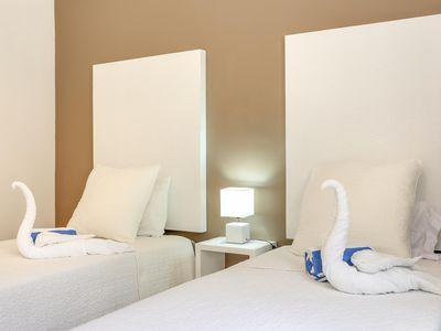 Photo for Clean, Modern, Newly Renovated, Rooftop, Safe Building, Free Wifi (#5)
