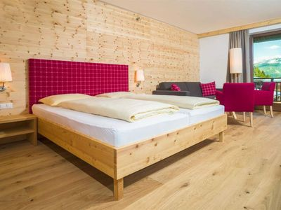 "Photo for Double room ""Alpenrose"" - Kreuzwirt, family hotel"