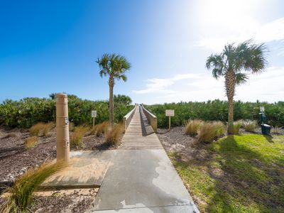 "Photo for ""NEW  LISTING"" - Ocean view overlooking Golf Course-#323 Cinnamon Beach"