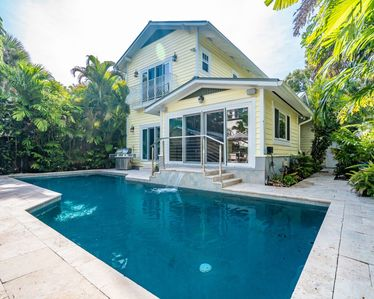 Photo for Hemingway House, 4/3 For 8 Guests, Heated Pool Monthly Specials