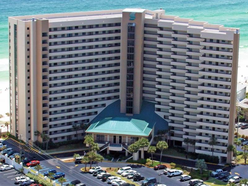 GULF-FRONT VIEWS and just Steps to the BEACH and POOL! BOOK NOW FOR SUMMER!