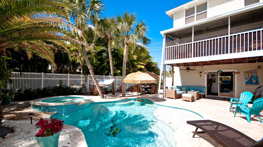 Mermaid Cove Resort Living With All The C Homeaway