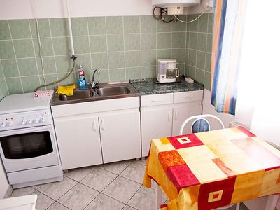 Photo for Apartment in the center of Hévíz with Parking, Terrace, Garden, Balcony (123505)