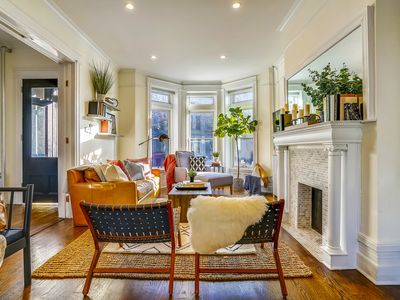 Photo for Stayloom's Luxe, Charming Brownstone   near A/C