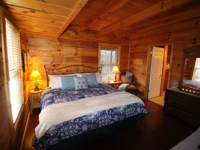 Photo for Cozy Arts & Crafts Community Cabin Near Rocky Top Sports