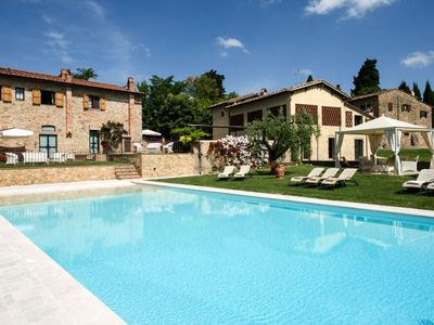 Photo for One bedroom Apartment, sleeps 4 in Tavernelle in Val di Pesa with Pool, Air Con and WiFi