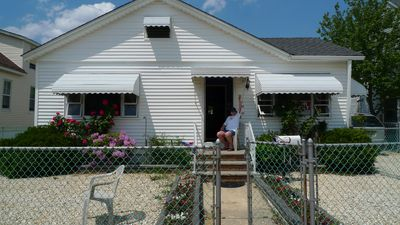 Photo for Pet Friendly Cottage Seaside Park -Fully fenced yard. Winter rental Nov-Apr