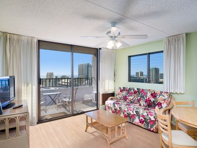 Photo for 1 Bed, 1 Bath, 1  Parking. Just 2 Blocks To The Waikiki Beach!