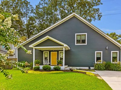 Photo for Stunning Home in Heart of VB Resort Area Walk to Beach, Boardwalk, Dining, Shops