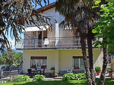 Photo for Apartment Il Gallo Nero in Porto Valtravaglia - 4 persons, 1 bedrooms