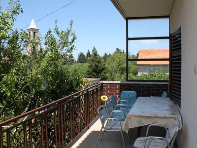 Photo for Three bedroom apartment with terrace Murter
