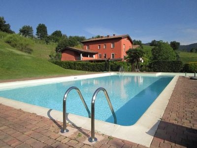 Photo for 2-person apartment Dalí in Salò on Lake Garda