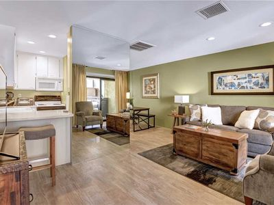 Photo for Downtown Pet Friendly Condo/Nicely Remodeled 1 bdrm +Tennis+Pool & Spa