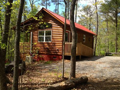 Secluded Setting Conveniently located close to downtown.