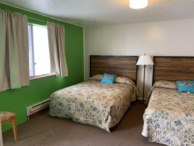 Photo for Single Room with 2 queen beds