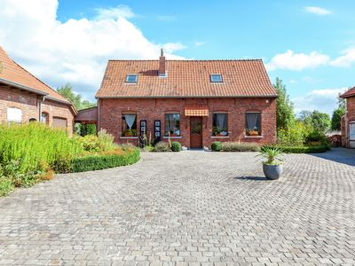 Photo for Cozy Holiday Home in Ploegsteert with a Garden