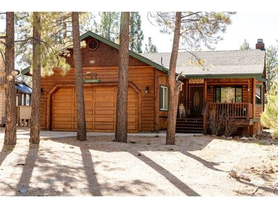 Photo for TRAIL MOUNTAIN ♦WALK TO THE LAKE♦PET FRIENDLY♦LARGE FENCED YARD♦POOL TABLE♦SPA