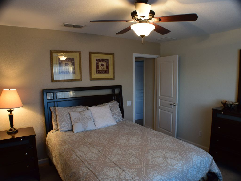 Disney 2 Miles, South Pool/Hot Tub 6 Bed4 Bath Game Room,Themed, WIFI Baby Equip