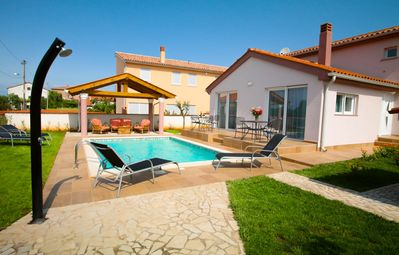 Photo for Nice holiday home with pool, garden & terrace with barbecue & free Wi-Fi