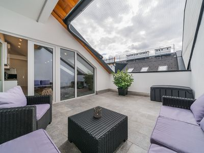 Photo for 100m² with terrace - near Danube - AC + Netflix etc.