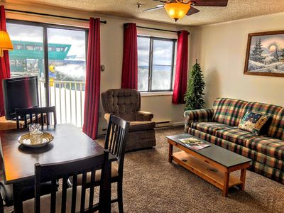 Photo for ML230 Wi-Fi Parking Great View. Great Location. Great Rates.