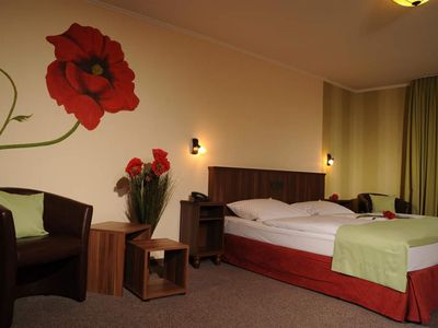 Photo for Double room with balcony to the Moselle side - Hotel Lellmann