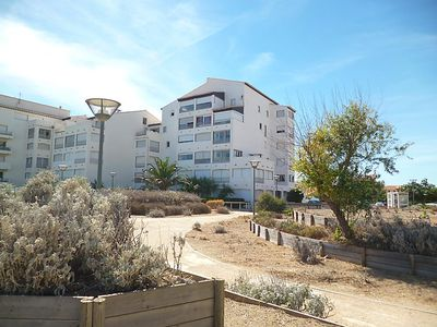 Photo for One bedroom Apartment, sleeps 4 in Leucate-Plage with WiFi