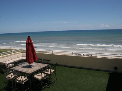 Photo for Luxury Oceanfront Penthouse with private Rooftop Patio