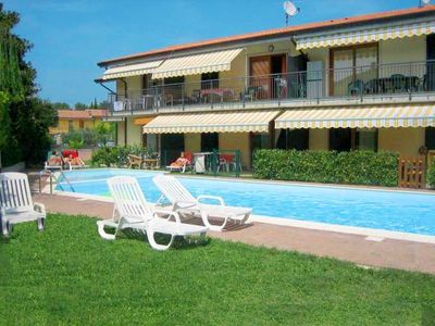 Photo for Apartment Residence Edera (LAZ530) in Lazise - 4 persons, 2 bedrooms