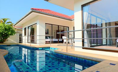 Photo for Jacuzzi Pool Villas 86 Phratumnak